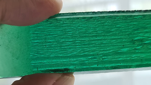 200 cts Hydrothermal Emerald green beryl light color rough