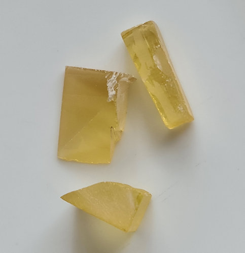 Yellow sapphire rough hydrothomally grown