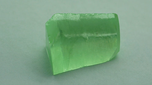 Pulled Forsterite, Length 20 mm, Weight 22.01cts
