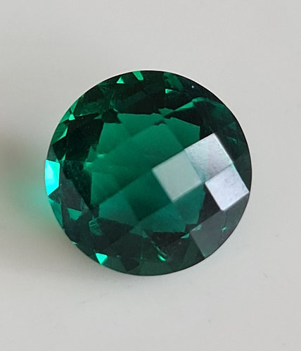 Created Emerald checkerboard on both sides 10 mm around