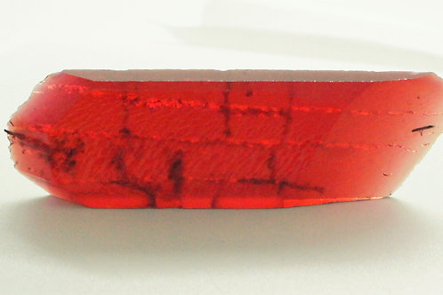 Hydrothermal Red Beryl, Length 75 mm, Weight 104.48 cts