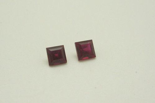 Hydrothermal Ruby, Square 4x4mm, 2 pcs (Pair) Weight 0.95 cts