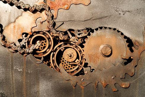 metal-2305681_1920_edited_edited.jpg