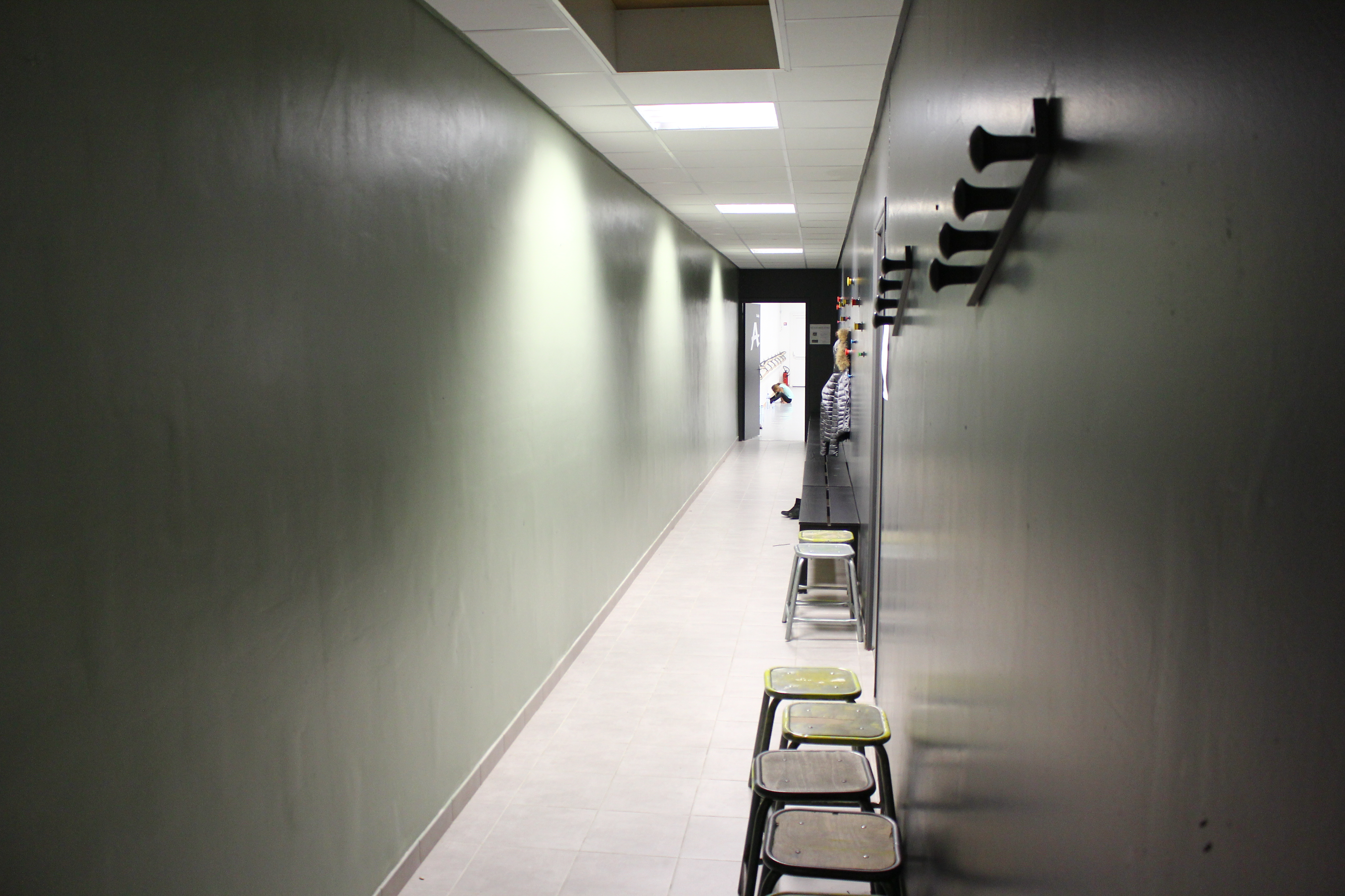 Couloir et vestiaire