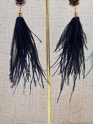 Pendiente pluma color azul con abalorio de piedras
