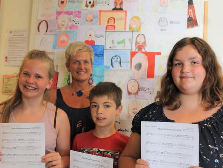 Drei Schüler der WMMS gewinnen singend