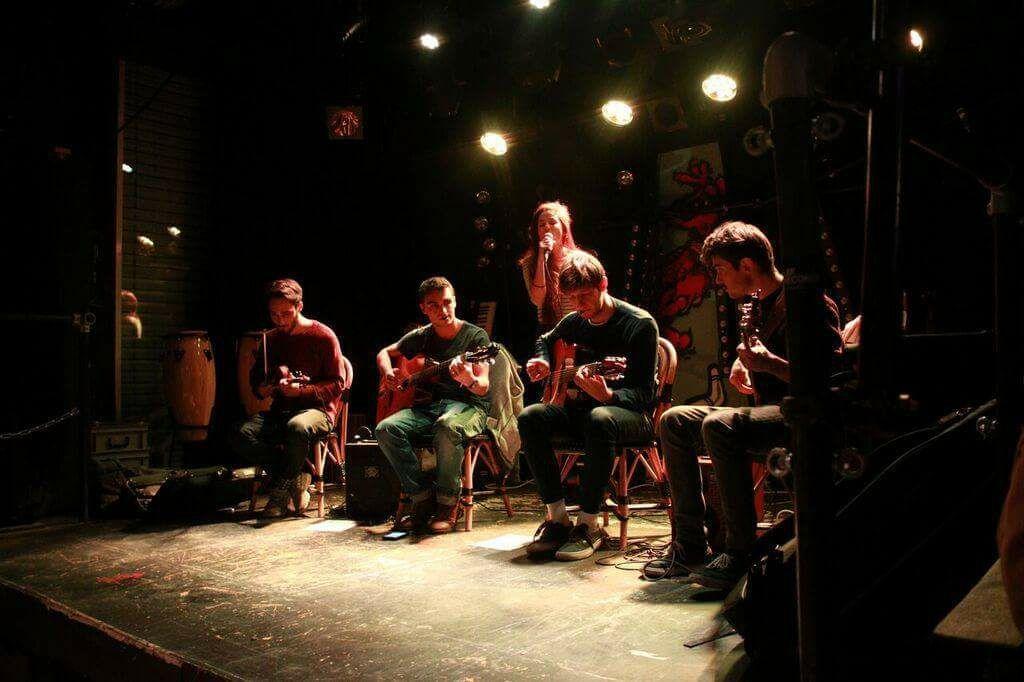 Gipsy Tonic Groupe de Jazz Manouche à Lausanne, Suisse - Concert à Zelig - UNIL