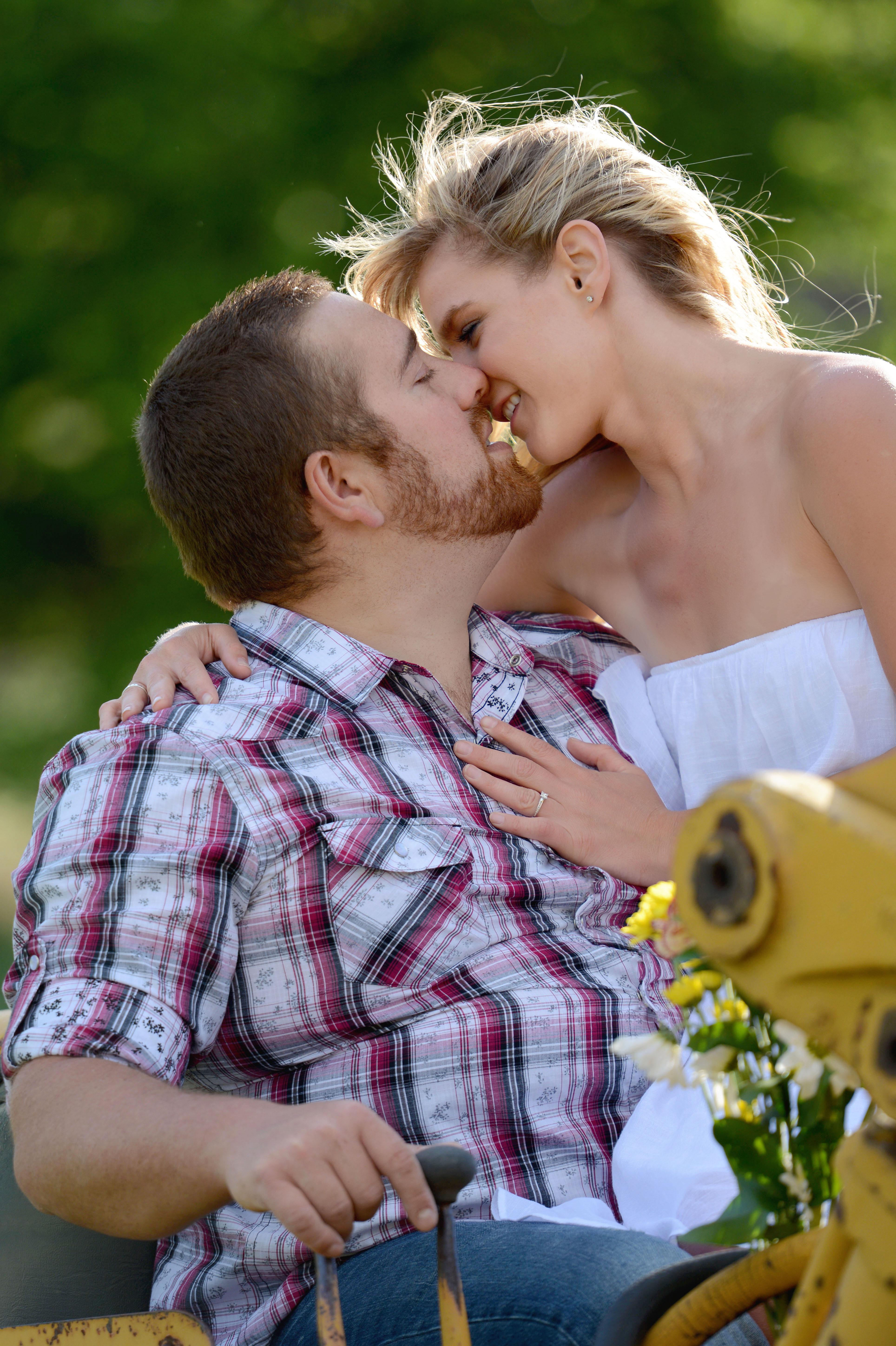 Wenatchee Engagement Photographers