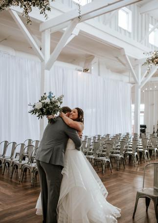 14tenn wedding, first look, white barn venue nashville
