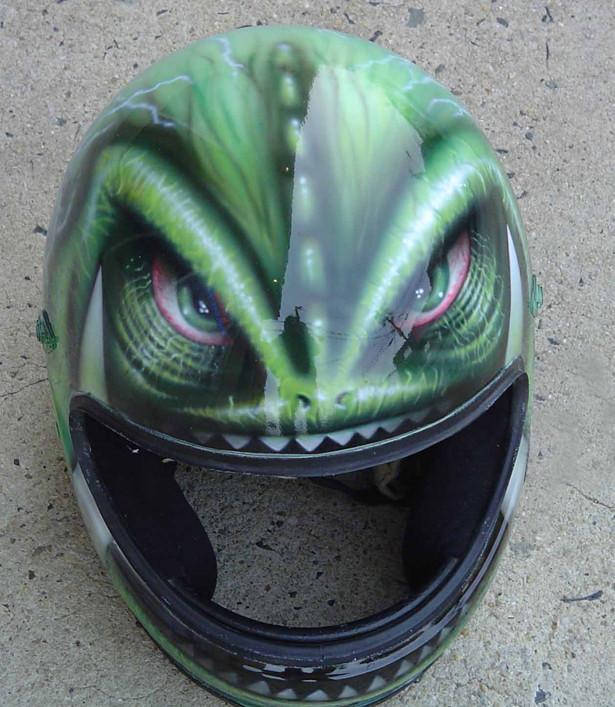 helmet0.jpg