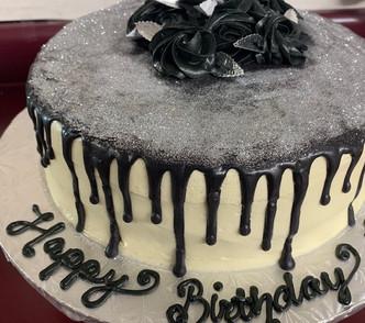 Black Drip Cake2 .jpg