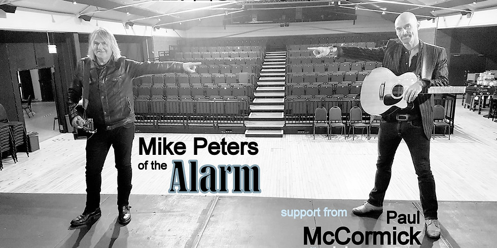 Supporting Mike Peters of The Alarm with Paul McCormick