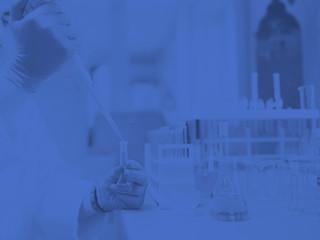 Acelerar el crecimiento de los ingresos a la media de la industria farmacéutica