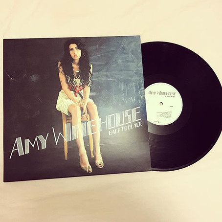 """VINYL REVIEW: """"Back to Black"""" (AMY WINEHOUSE)"""