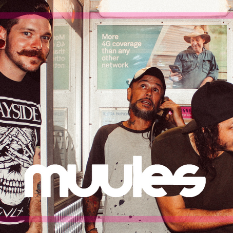 "SINGLE PREMIERE: ""Breakaway"" (MUULES)"
