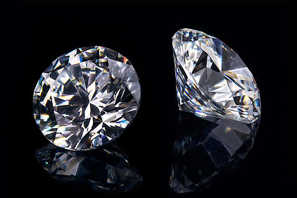 Photographing-diamonds-on-black.jpg