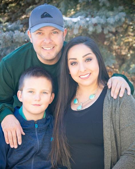 Family photos BOOK @ shootmenickie@gmail.com