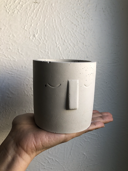"""4"""" concrete face planter"""