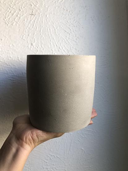 "5"" Concrete planter"