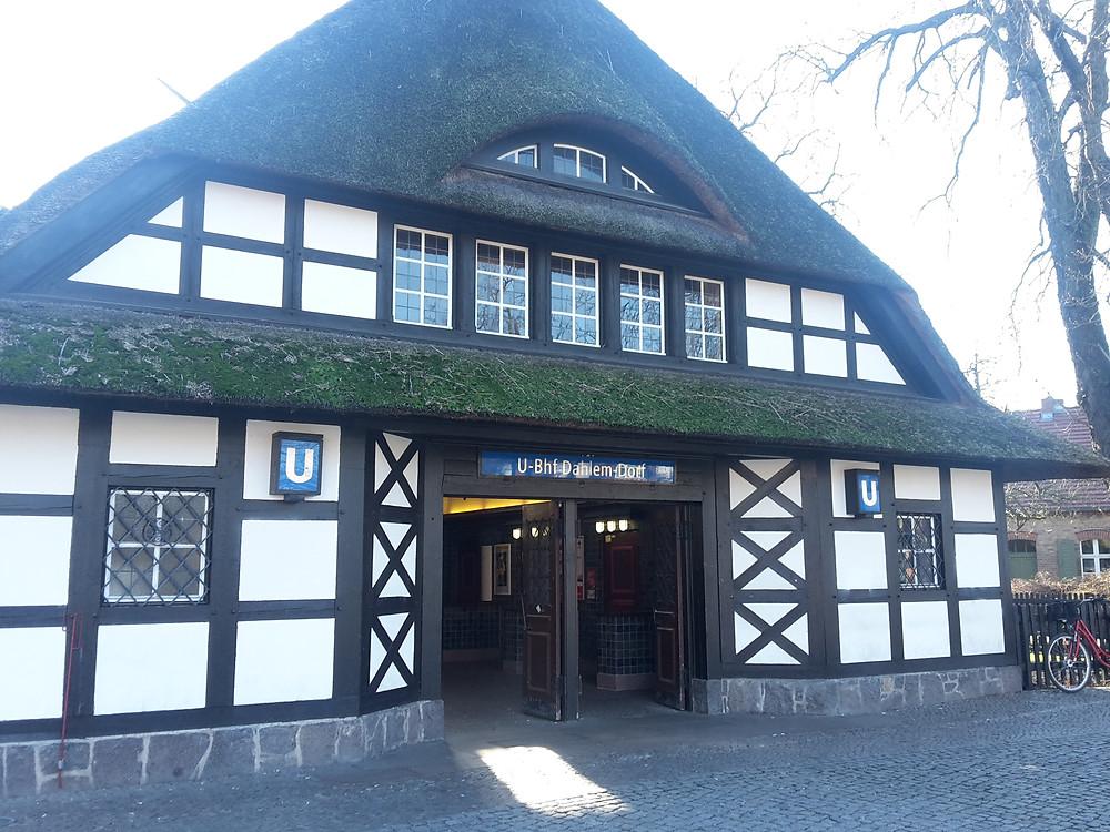 U-Bhf. Dahlem-Dorf