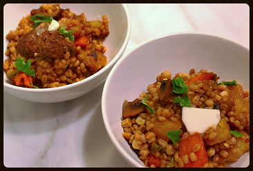 Two versions of cholent: vegetarian & meaty!