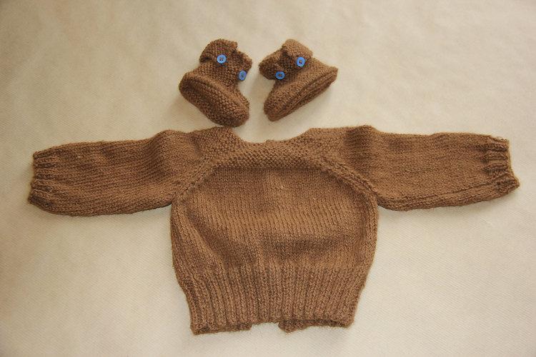 veste et chaussons enfants en laine de baby alpaga