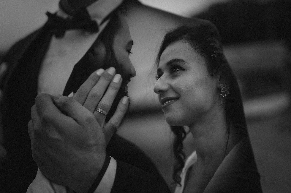 paris-wedding-photo-black-and-white.jpg