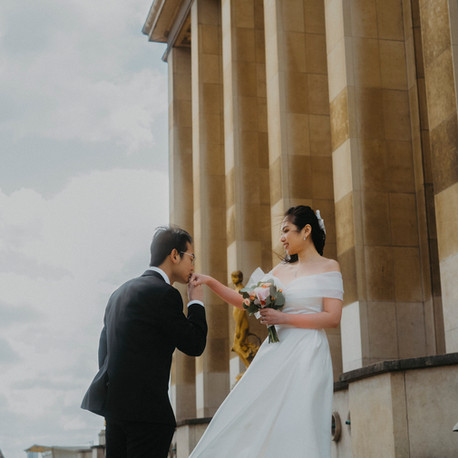 Paris Pre Wedding Photography at Montmartre & Eiffel Tower