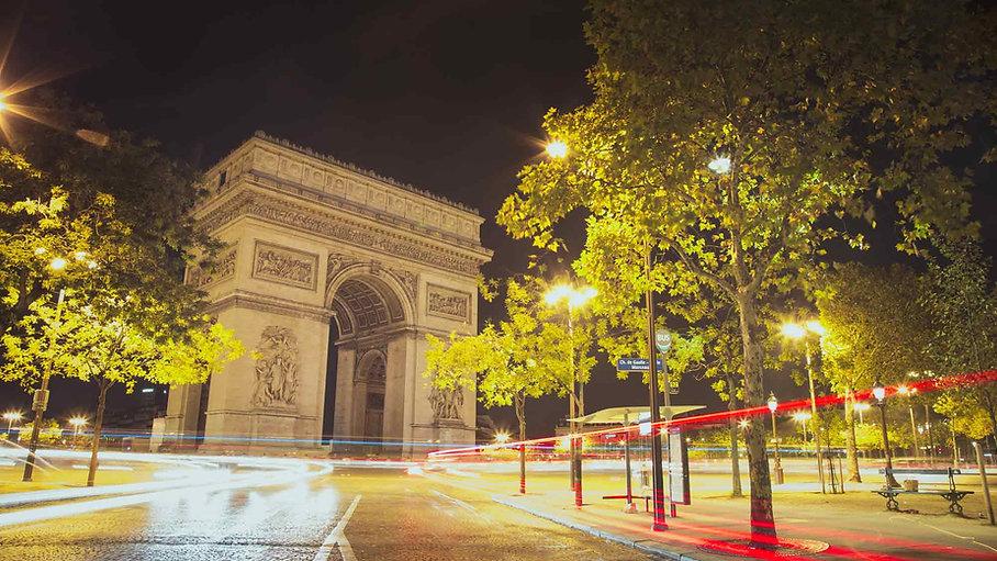 paris-photography-arc-de-triomphe-at-night.jpg