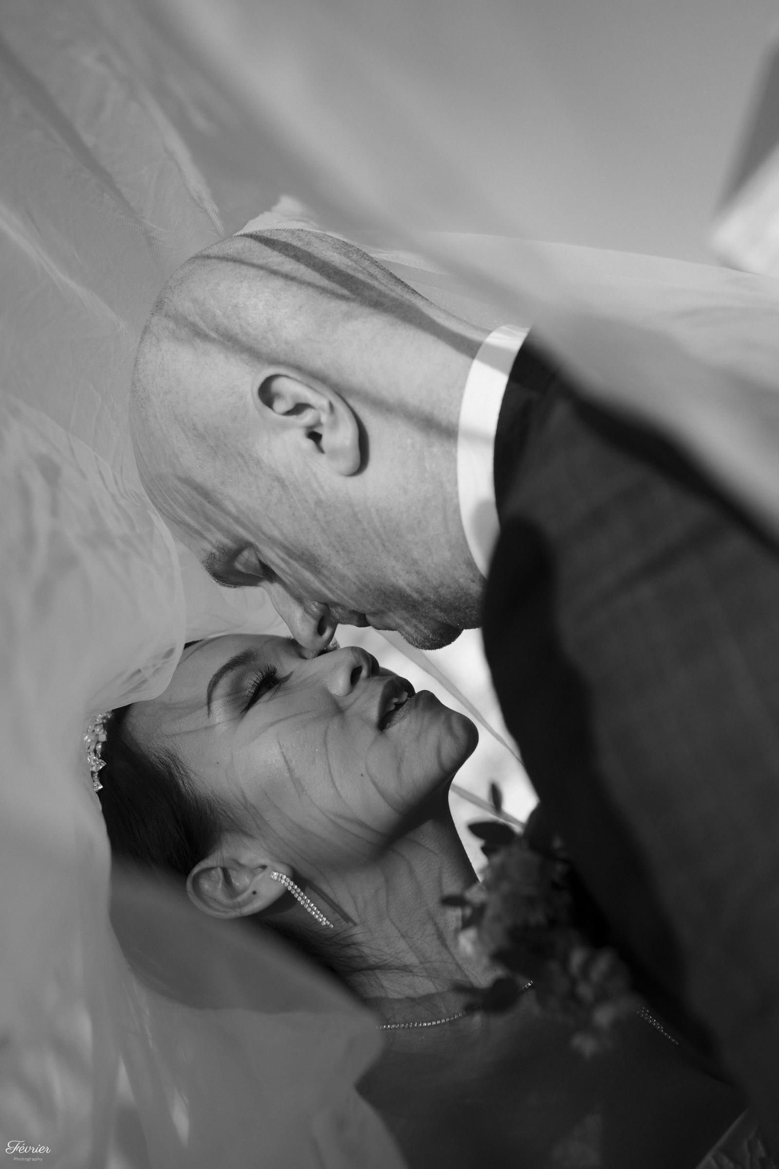 pre-wedding-hk-couple-do-a-teaser-under-the-veil
