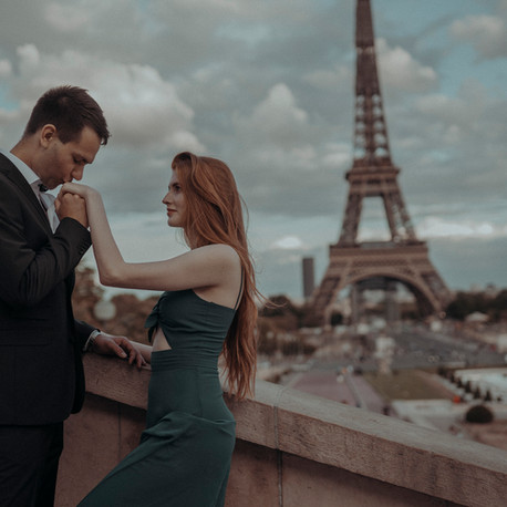 Redhead beauty in Paris
