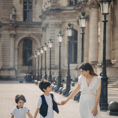 paris-family-photoshoot-mother-and-sons