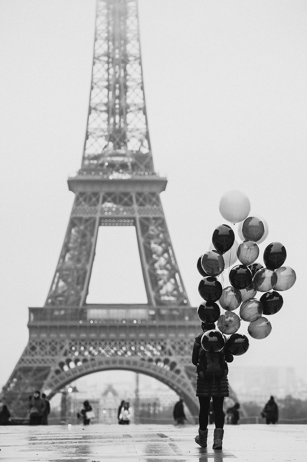 paris-photography-black-and-white-eiffel-tower