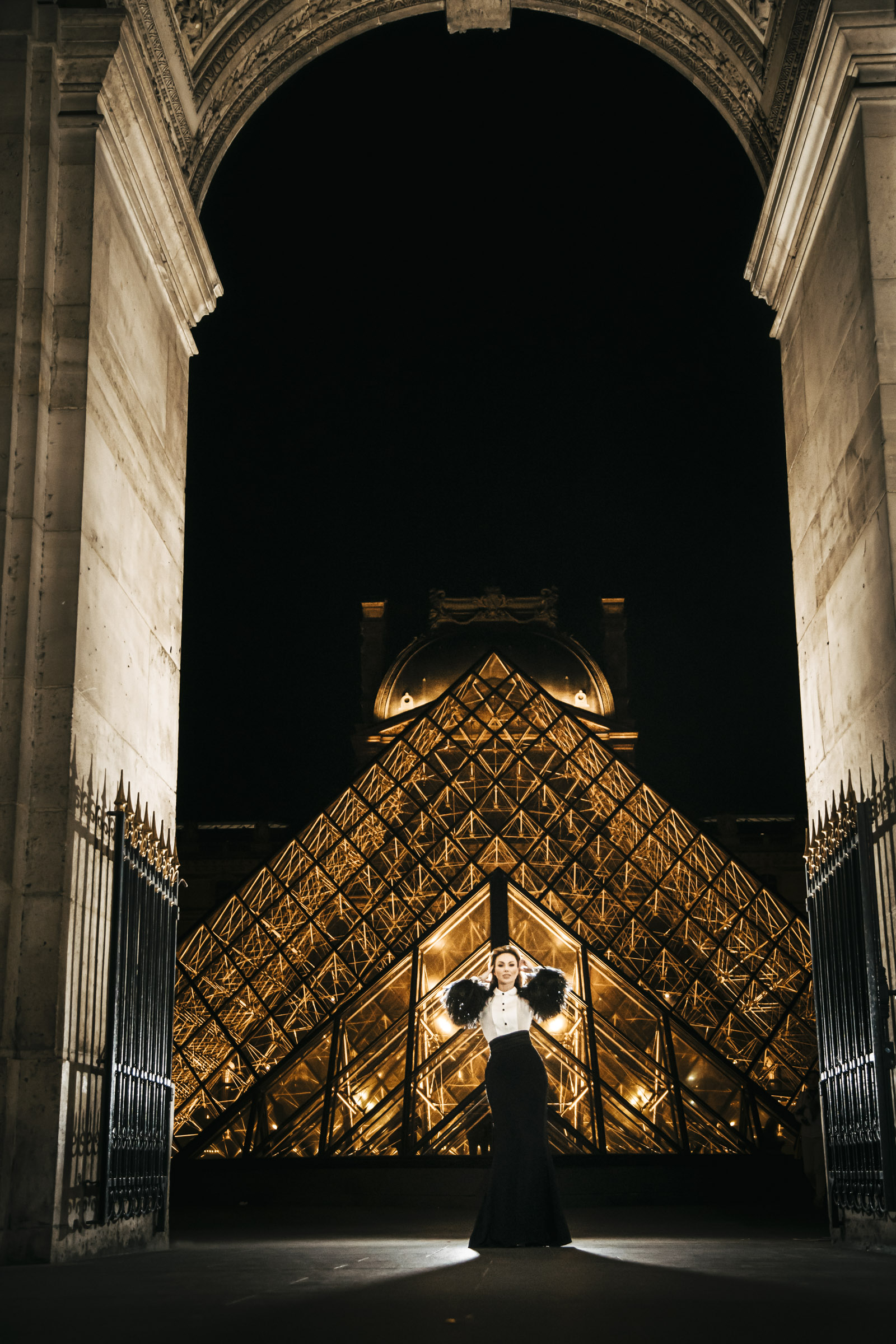 paris fashion photo lourve museum
