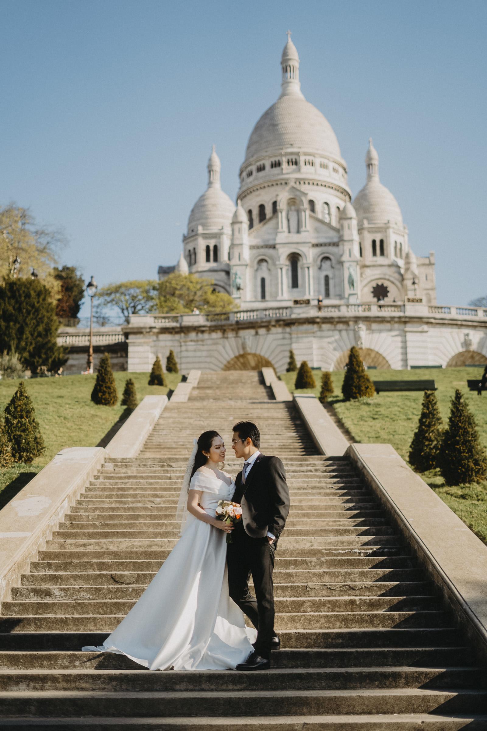 pre-wedding-photos-montmartre-paris