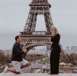 Proposal at Eiffel Tower