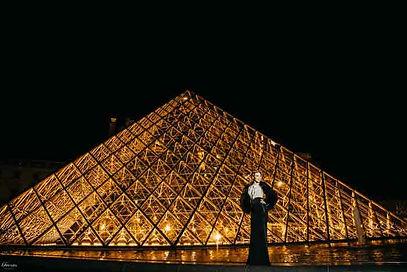 paris-photoshoot-fashion-at-night.jpg