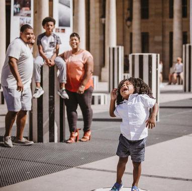 paris-family-photoshoot-cute-kid