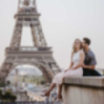 couple-photoshoot-eiffel-tower