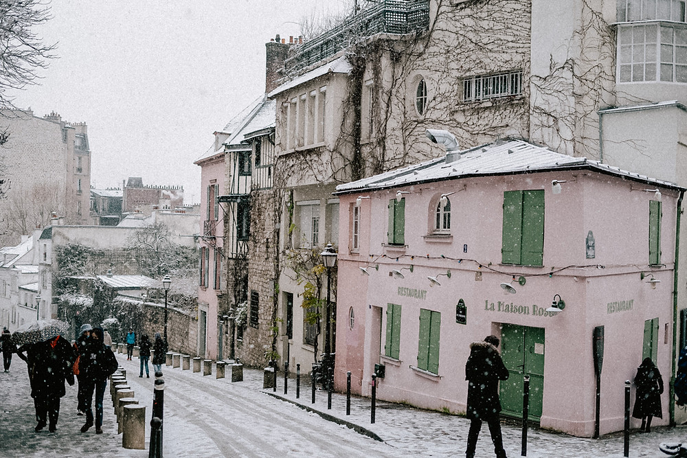 snow in paris 2021 la maison rose