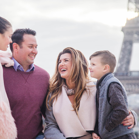 CELEBRATE YOUR FAMILY WITH PARIS PHOTOSHOOT