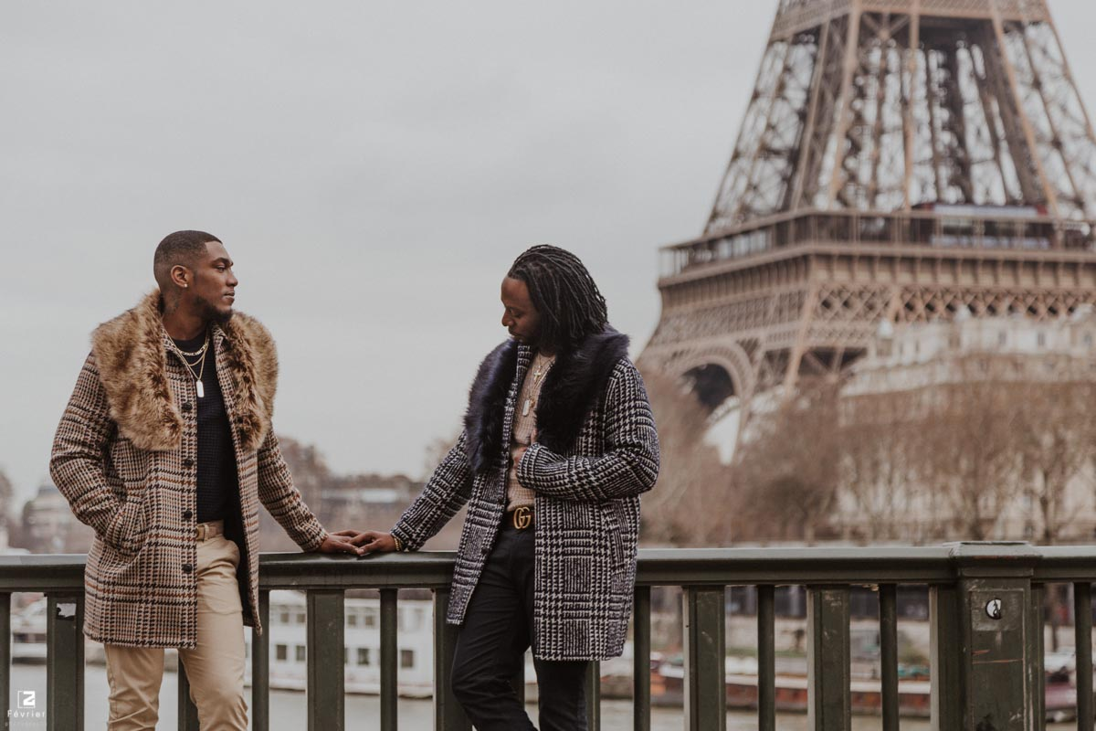 gay-photoshoot-couple-engagement-eiffel-tower-paris