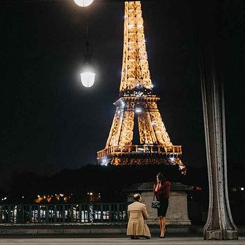 paris-proposal-at-night.jpg