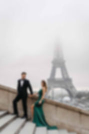 couple-outfits-elegant-at-eiffel-tower.jpg