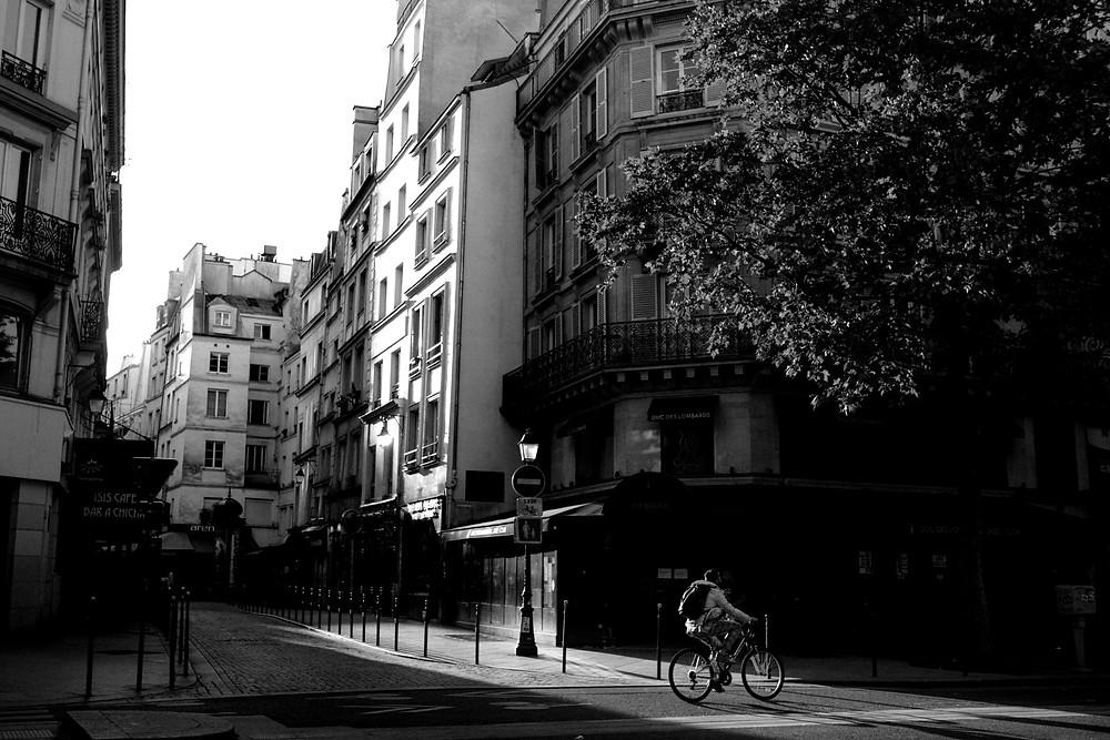 paris-street-photography-black-and-white