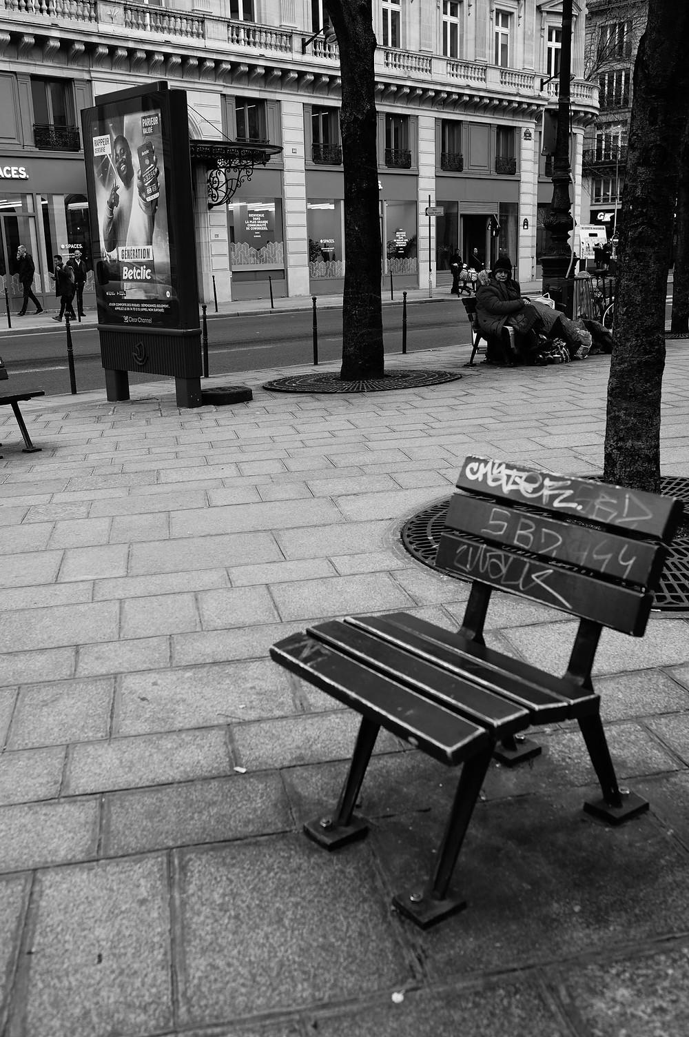 paris-photography-black-and-white-parisian-street