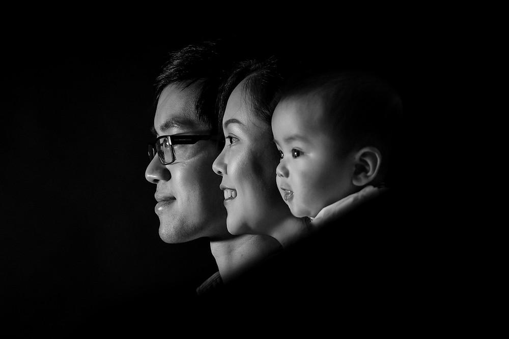 family-photoshoot-in-studio