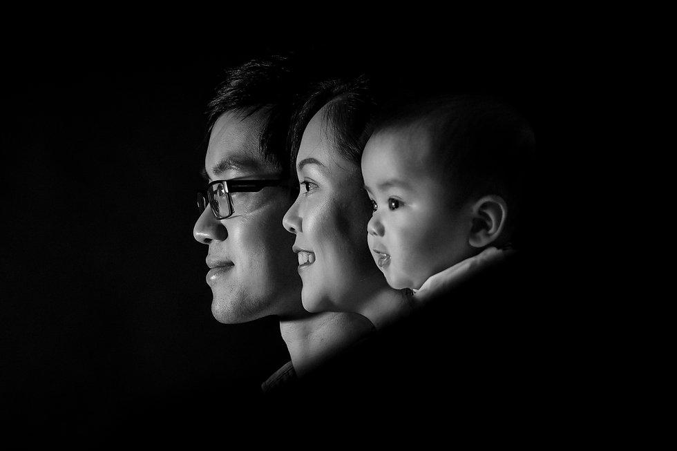 paris-family-photoshoot-in-studio