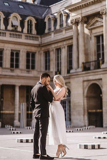 paris-photography-couple-outfit.jpg