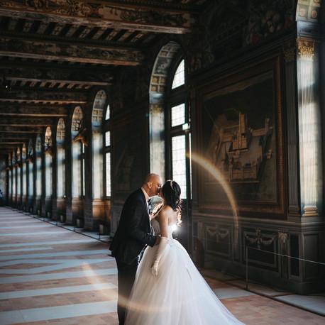 Exclusive Paris Pre Wedding Photo Shoot at Château de Fontainebleau